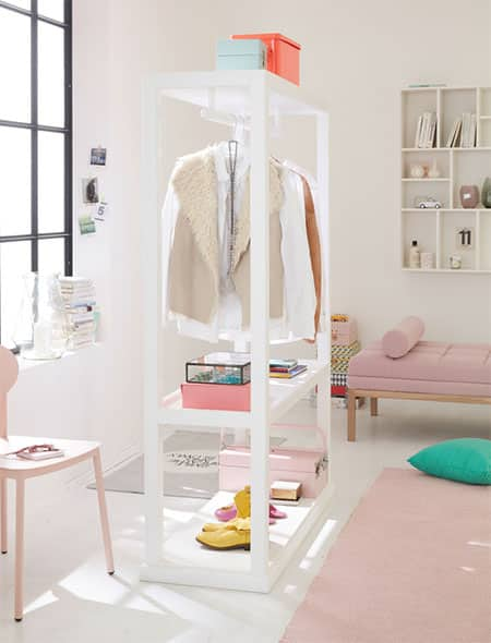HOME-DZINE | DIY Projects - This DIY clothes rail is a great way to add extra storage to your bedroom, especially you're renting a home. The lightweight, freestanding design means you can take it with you when you move - and always have enough storage for all your clothes.